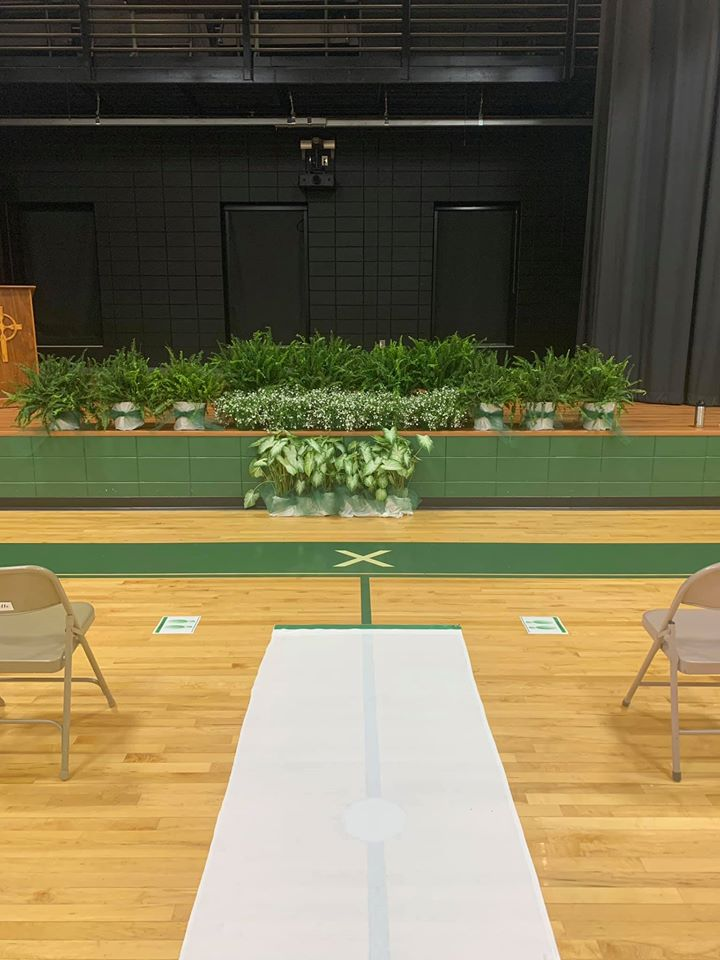 A huge thank you to Herb Creek Landscape Supply for lending us these beautiful plants for our 8th grade graduation! Your generosity made our celebration extra special and beautiful!